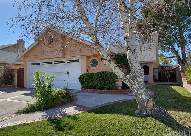 Detail Gallery Image 1 of 1 For 28445 Evergreen Ln, Saugus,  CA 91390 - 2 Beds | 2 Baths