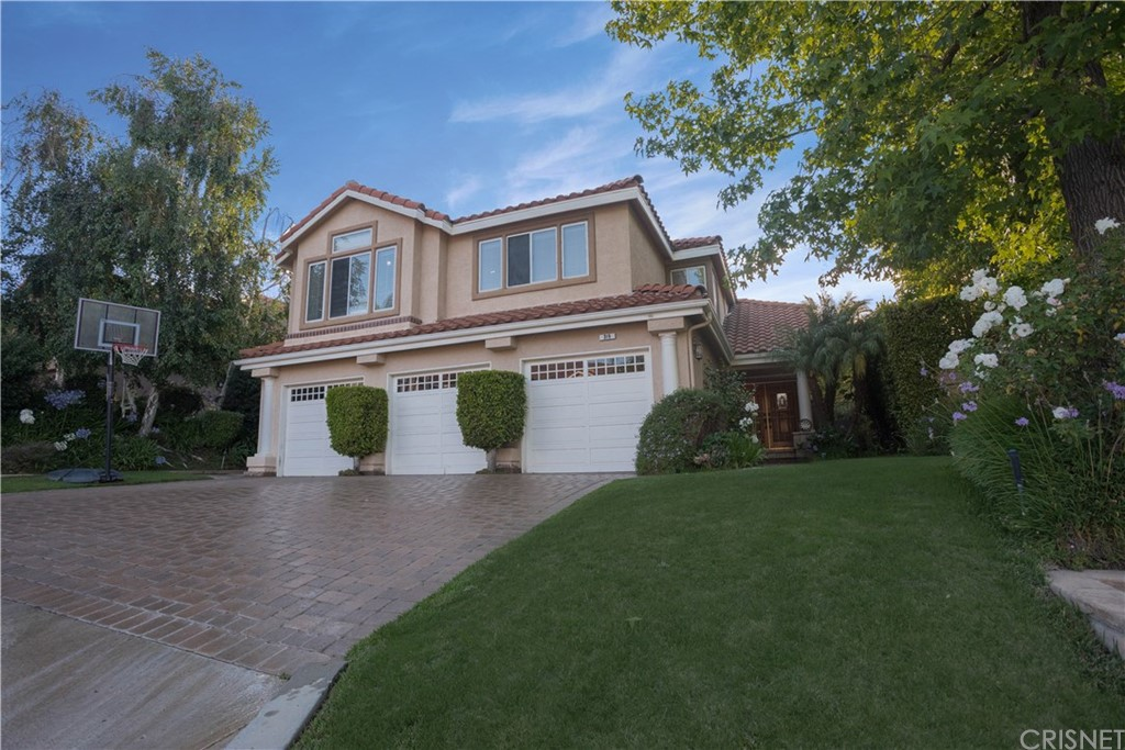 Photo of 319 HORNBLEND COURT, Simi Valley, CA 93065