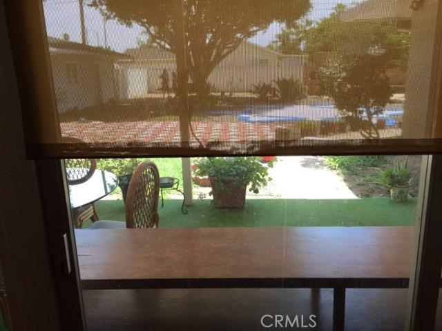 1266 Cary Avenue, Wilmington CA: http://media.crmls.org/mediascn/e5acd32d-62e2-4e61-8661-933a2ea62aad.jpg