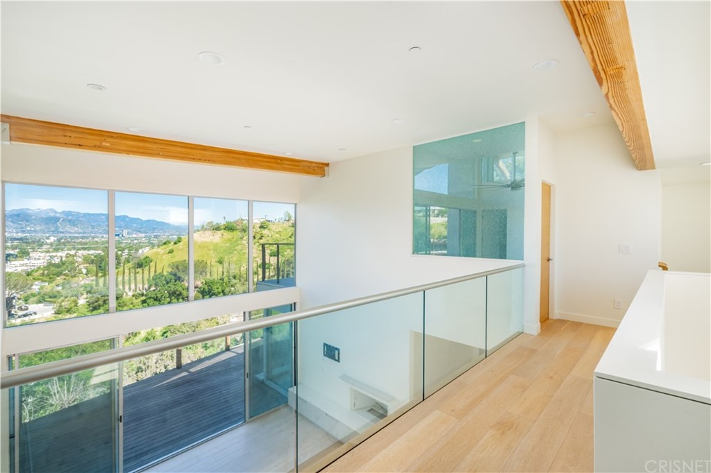 Photo of 3631 SUNSWEPT DRIVE, Studio City, CA 91604
