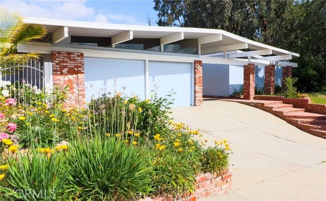 12662 Jimeno Avenue, Granada Hills CA: http://media.crmls.org/mediascn/e5c33352-5daa-4ade-ab91-d4990c568b85.jpg