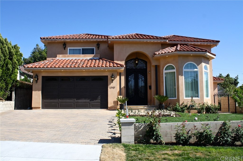 1040 East Elmwood Avenue, Burbank, CA 91501
