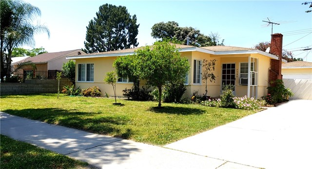 7509 Balboa Bl, Van Nuys, CA 91406 Photo