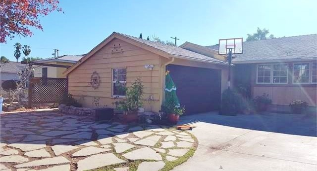 Single Family Home for Rent at 15436 Tuba Street Mission Hills, California 91345 United States