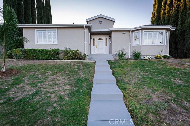 Property for sale at 9729 Hayvenhurst Avenue, Northridge,  CA 91343