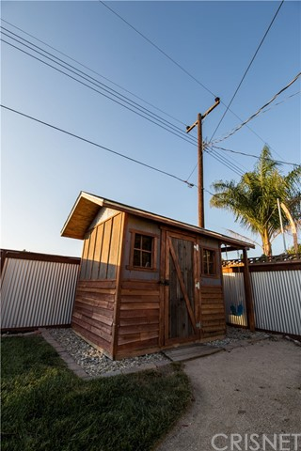 21039 Kingscrest Drive Saugus, CA 91350 - MLS #: SR17156007