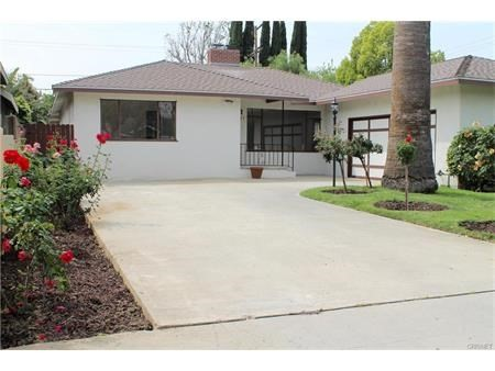 Single Family Home for Rent at 5651 Mammoth Avenue Van Nuys, California 91401 United States