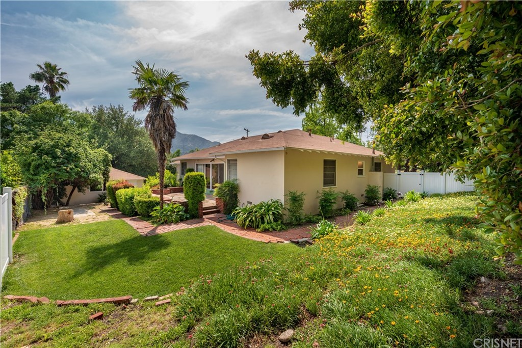 4240 LOWELL Avenue, La Crescenta, CA 91214