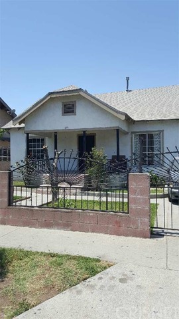 6111 Miramonte Boulevard, Los Angeles, CA 90001