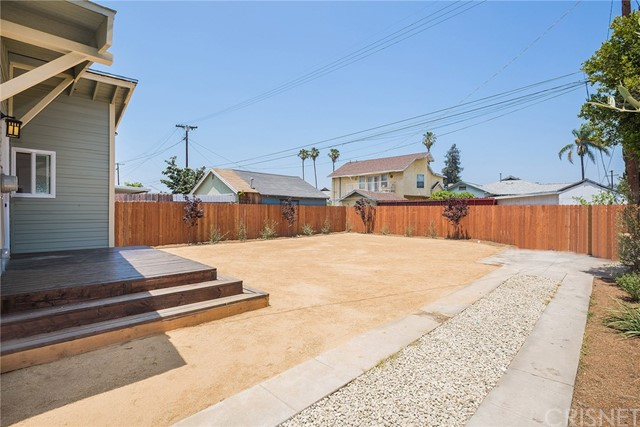 1731 W 41st Place, Park Hills Heights CA: http://media.crmls.org/mediascn/e80dcd6a-6650-4552-bd45-02e7d44edfb6.jpg