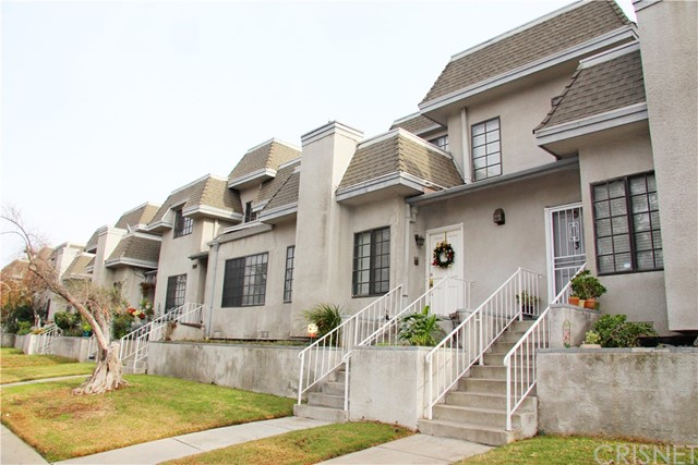 Townhouse for Sale at 14500 Van Nuys Boulevard Panorama City, California 91402 United States