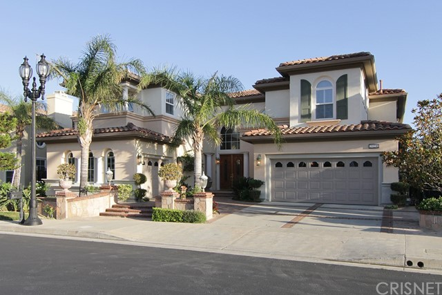Single Family Home for Sale at 20250 Via Medici Porter Ranch, California 91326 United States