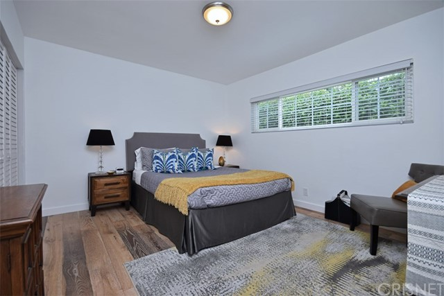 5320 Willis Avenue, Sherman Oaks CA: http://media.crmls.org/mediascn/e83b9137-165a-47be-82e9-ae0b6bb1a94b.jpg