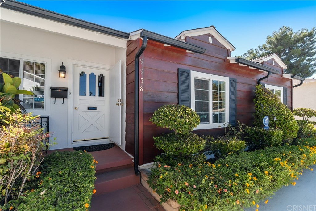 9958 NOBLE Avenue, Mission Hills San Fer, CA 91345