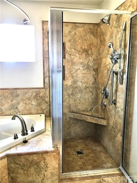 37103 Bridgeport Court, Palmdale CA: http://media.crmls.org/mediascn/e89a4c50-2822-4aa8-bfed-e57e7fdbe811.jpg