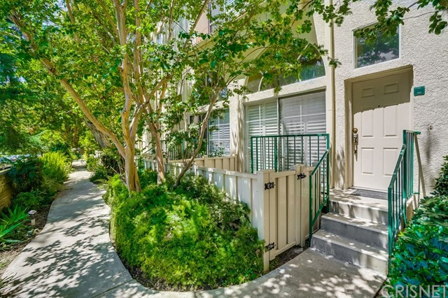Photo of 5455 Sylmar Avenue #504, Sherman Oaks, CA 91401