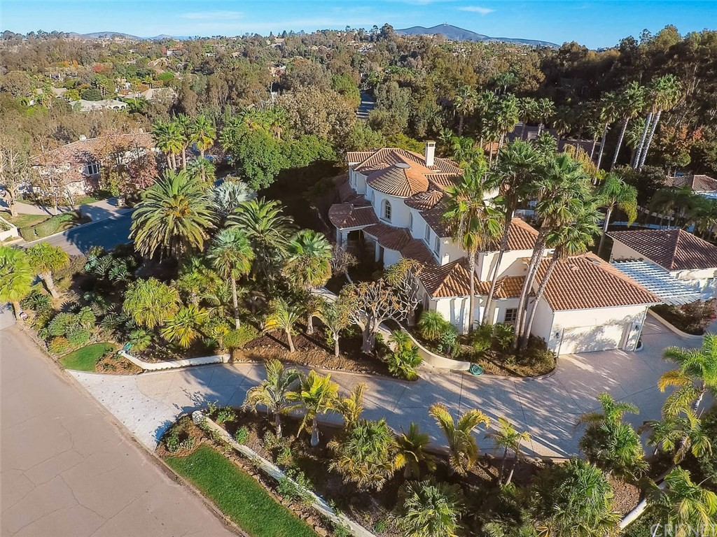 Photo of 16475 Via Cazadero, Rancho Santa Fe, CA 92067