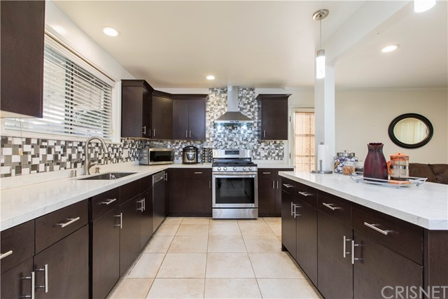 Photo of 6501 Kenwater, West Hills, CA 91307