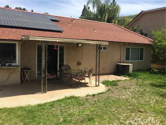 6305 Timberlane Street, Agoura Hills CA: http://media.crmls.org/mediascn/e8eabf2f-ddc7-467f-b870-a7d50498cb8e.jpg