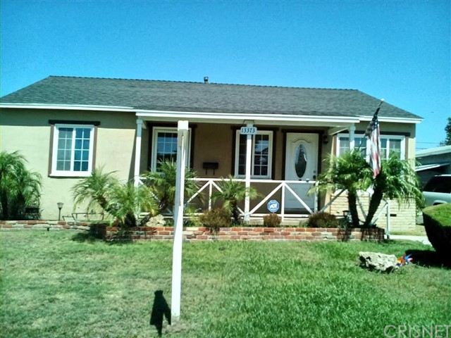 独户住宅 为 销售 在 13373 Wentworth Street Arleta, 加利福尼亚州 91331 美国