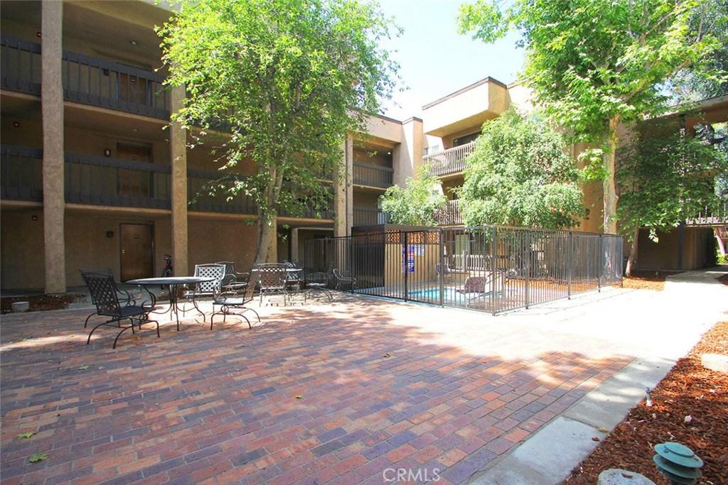 Photo of 22100 Burbank Boulevard #167G, Woodland Hills, CA 91367