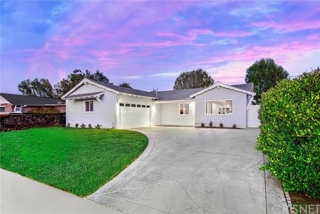 Photo of 7648 Royer Avenue, West Hills, CA 91304