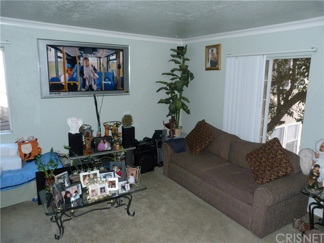 6200 Columbus Avenue Van Nuys, CA 91411 - MLS #: SR17204764