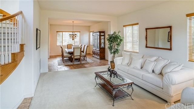 Single Family Home for Sale at 30459 Cartagena Place Castaic, California 91384 United States