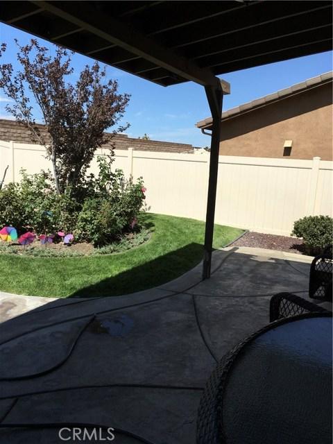 38127 Versailles Street, Palmdale CA: http://media.crmls.org/mediascn/e9b87b3b-2563-49e2-8c30-4b3c7f8f9e02.jpg