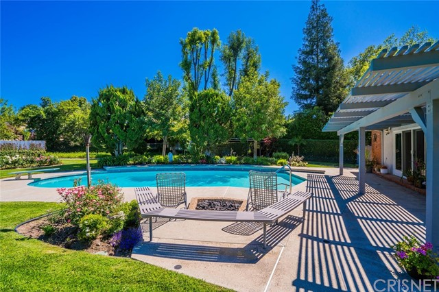 20440 Robert Place Woodland Hills, CA 91364 - MLS #: SR18110125