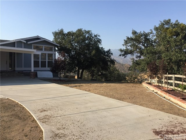 Single Family Home for Sale at 33223 Little Valley Road Caliente, California 93518 United States