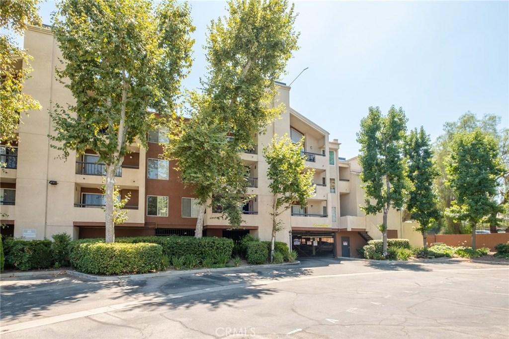 Photo of 5500 OWENSMOUTH AVENUE #228, Woodland Hills, CA 91367