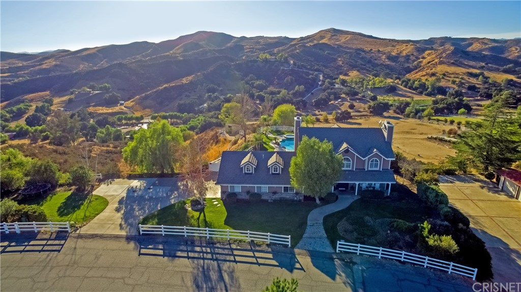 Property for sale at 30625 Remington Road, Castaic,  CA 91384