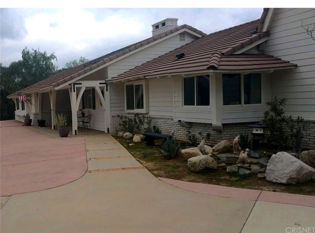 Photo of 10434 CALLING ROAD, Agua Dulce, CA 91390