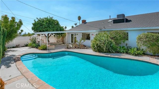 11702 Monogram Avenue, Granada Hills CA: http://media.crmls.org/mediascn/eb0f772c-d731-4a91-9eb0-871ea7549230.jpg