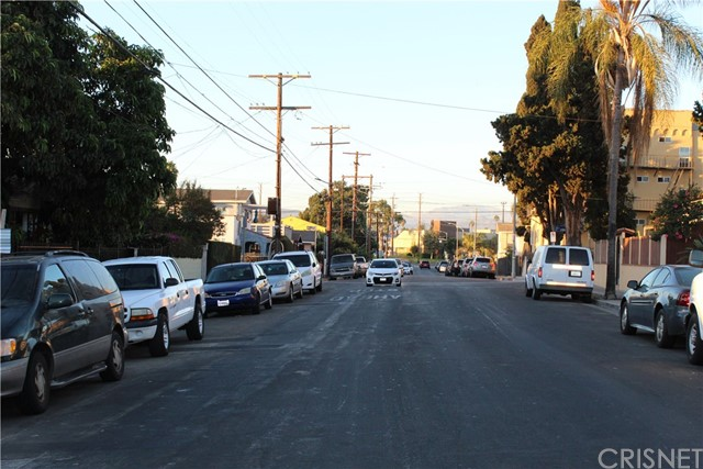 1679 S Rimpau Bl, Los Angeles, CA 90019 Photo 20