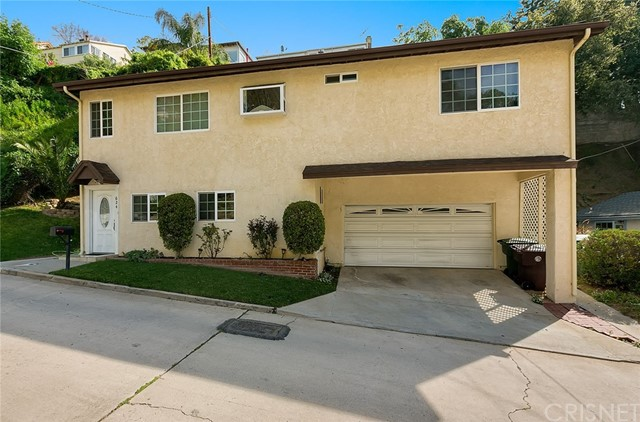 Single Family Home for Sale at 624 Canyon Drive Glendale, California 91206 United States