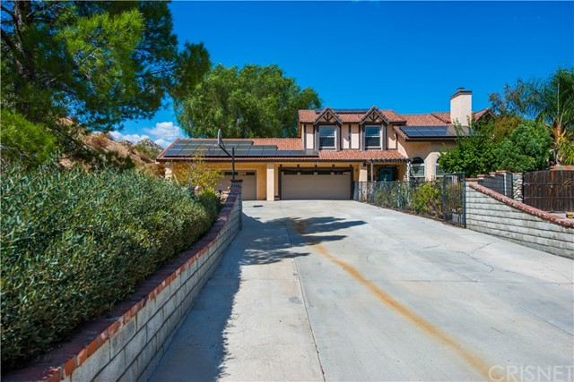 15255 Oleander Court, Canyon Country CA 91387