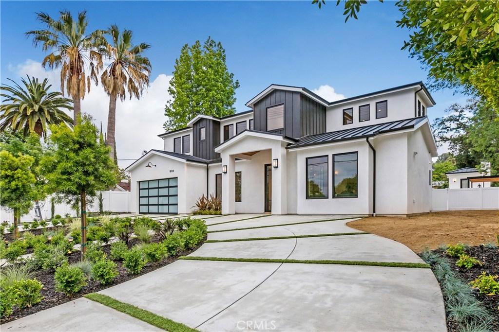 18938 WELLS Drive, Tarzana, CA 91356