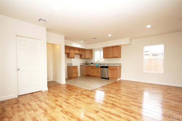 Duplex for Sale at 6659 Coldwater Canyon Avenue 6659 Coldwater Canyon Avenue North Hollywood, California 91606 United States