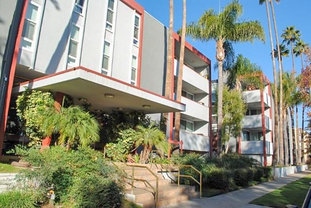 Photo of 4915 TYRONE AVENUE #322, Sherman Oaks, CA 91423