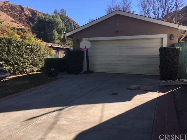 Property for sale at 30708 Arlington Street, Castaic,  CA 91384