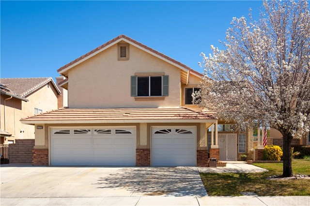 Detail Gallery Image 1 of 1 For 42320 Aaron Ct, Lancaster,  CA 93536 - 5 Beds | 4 Baths