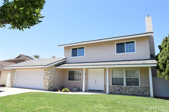 Single Family Home for Rent at 19653 Newhouse Street Canyon Country, California 91351 United States