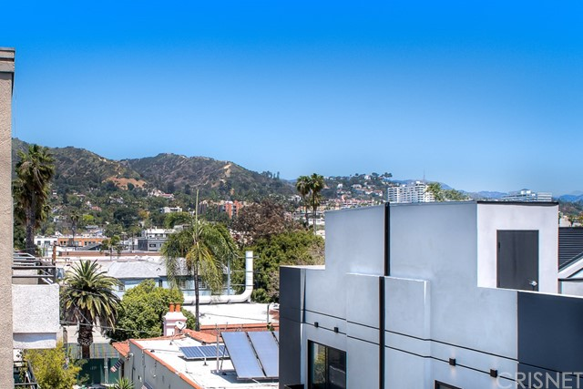 1342 N Sierra Bonita Avenue Unit 201 West Hollywood, CA 90046 - MLS #: SR18108479