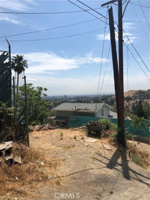 4315 Tourmaline Street, Los Angeles CA: http://media.crmls.org/mediascn/ecc158e8-60b6-4adf-b81d-3817219fc4e2.jpg