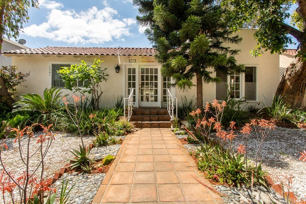 Photo of 1541 NORTH STANLEY AVENUE, Hollywood Hills, CA 90046
