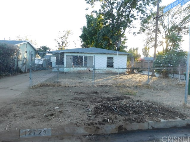Single Family Home for Sale at 12721 Bradley Avenue 12721 Bradley Avenue Sylmar, California 91342 United States