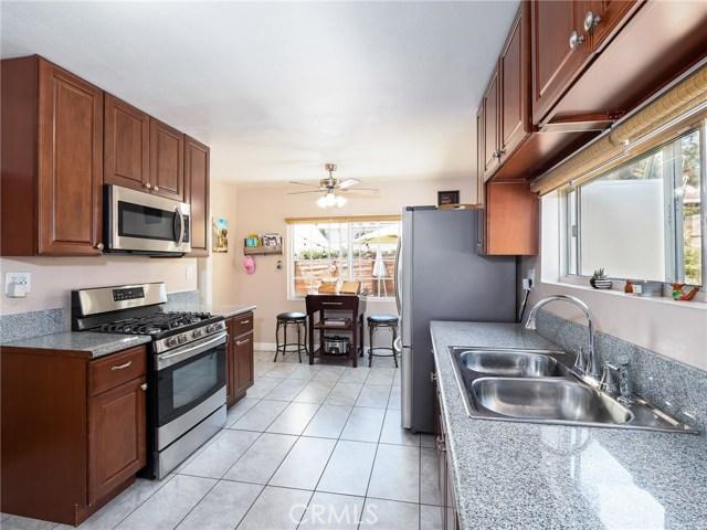 7132 N Figueroa Street, Eagle Rock CA: http://media.crmls.org/mediascn/ed45172d-1951-419f-ac83-2e763ccb7636.jpg