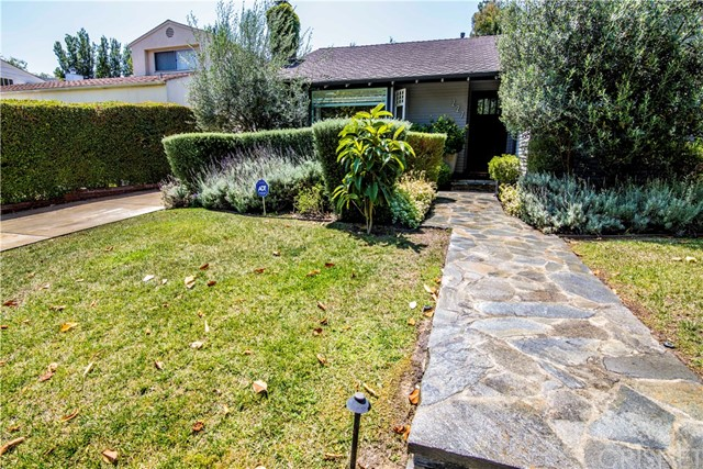 227 N Bowling Green Way, Brentwood, CA 90049
